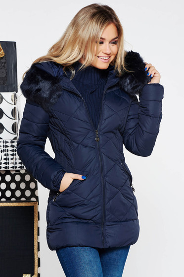 Darkblue jacket from slicker with inside lining with faux fur accessory with pockets