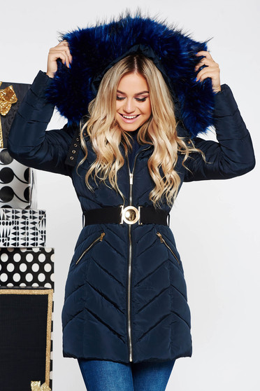 Darkblue casual jacket from slicker with inside lining with undetachable hood with faux fur accessory