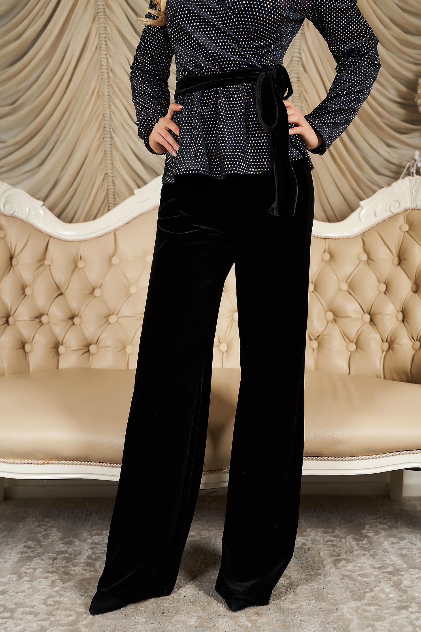 Pantaloni StarShinerS negri de ocazie cu un croi evazat din catifea cu talie inalta