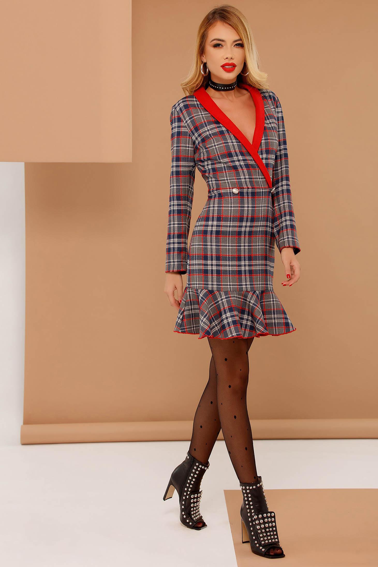 Rochie PrettyGirl rosie din bumbac in carouri cu un croi mulat cu volanase la baza rochiei
