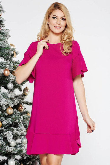 Fuchsia elegant flared dress slightly elastic fabric with inside lining with ruffles at the buttom of the dress