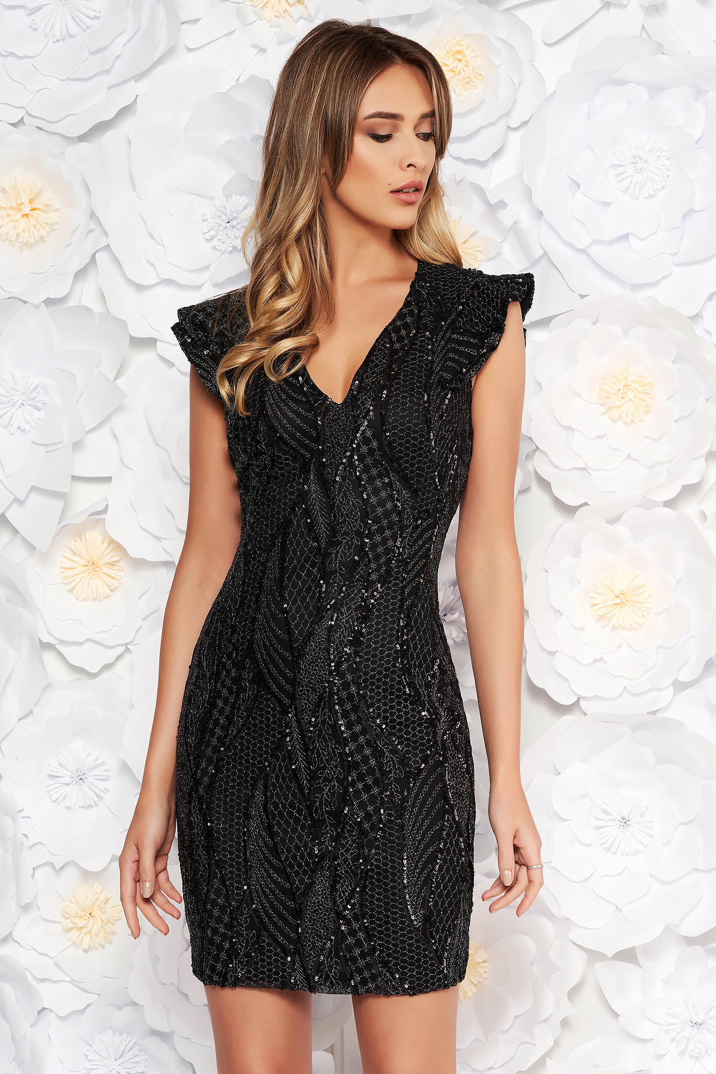 Artista black occasional dress with sequins with inside lining with v-neckline with tented cut