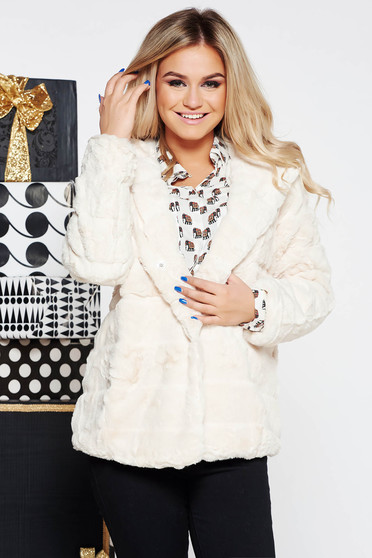 SunShine white clubbing fur from ecological fur with inside lining with undetachable hood