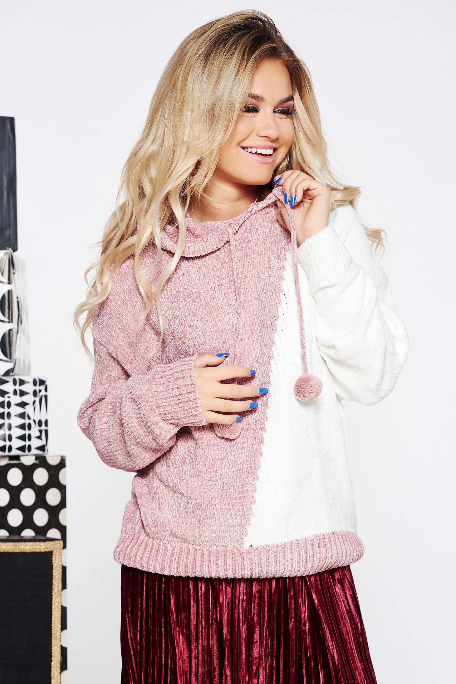 Pulover SunShine rosa casual cu croi larg din material tricotat catifelat cu gluga