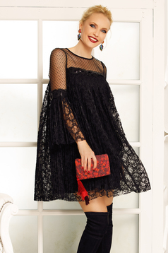 Fofy black dress occasional flared laced with inside lining with bell sleeve