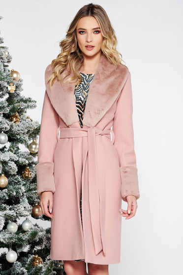 Elegant straight wool coat with inside lining with faux fur accessory accessorized with tied waistband lightpink