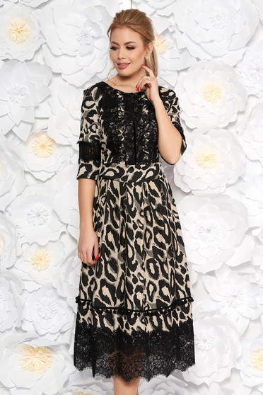 Black daily cloche midi dress from elastic fabric with lace details accessorized with tied waistband