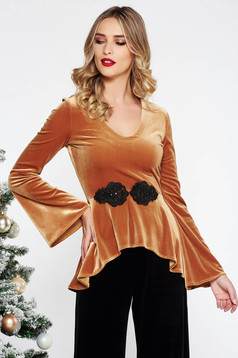 StarShinerS mustard elegant with tented cut women`s blouse from velvet with bell sleeve