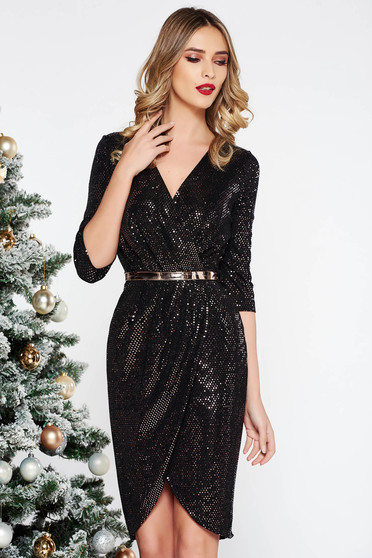 Fofy gold occasional dress accessorized with tied waistband with inside lining with bright details