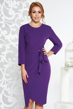 Purple elegant pencil dress slightly elastic fabric accessorized with tied waistband