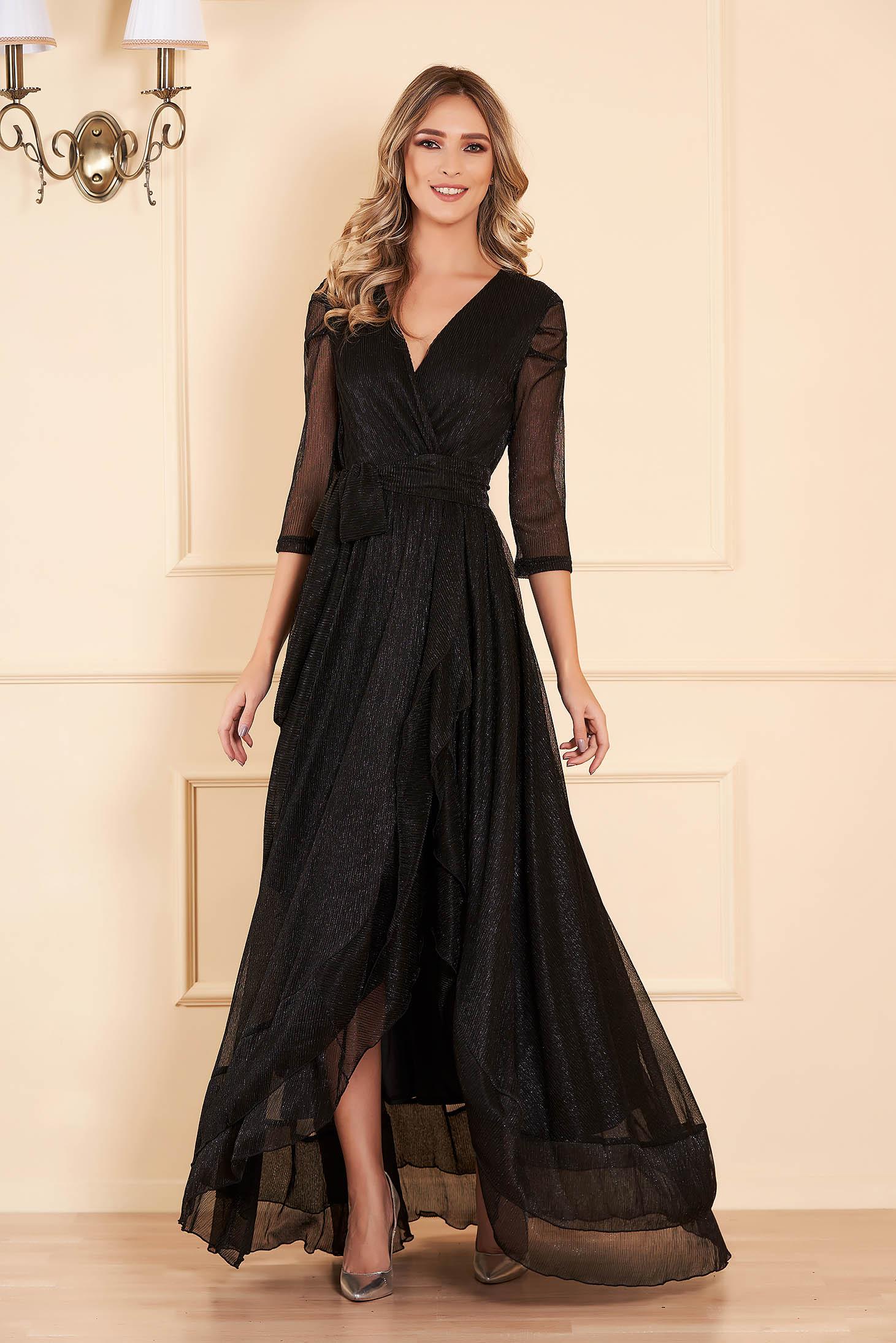 Rochie neagra de ocazie din material lucios cu fir lame captusita pe interior accesorizata cu cordon