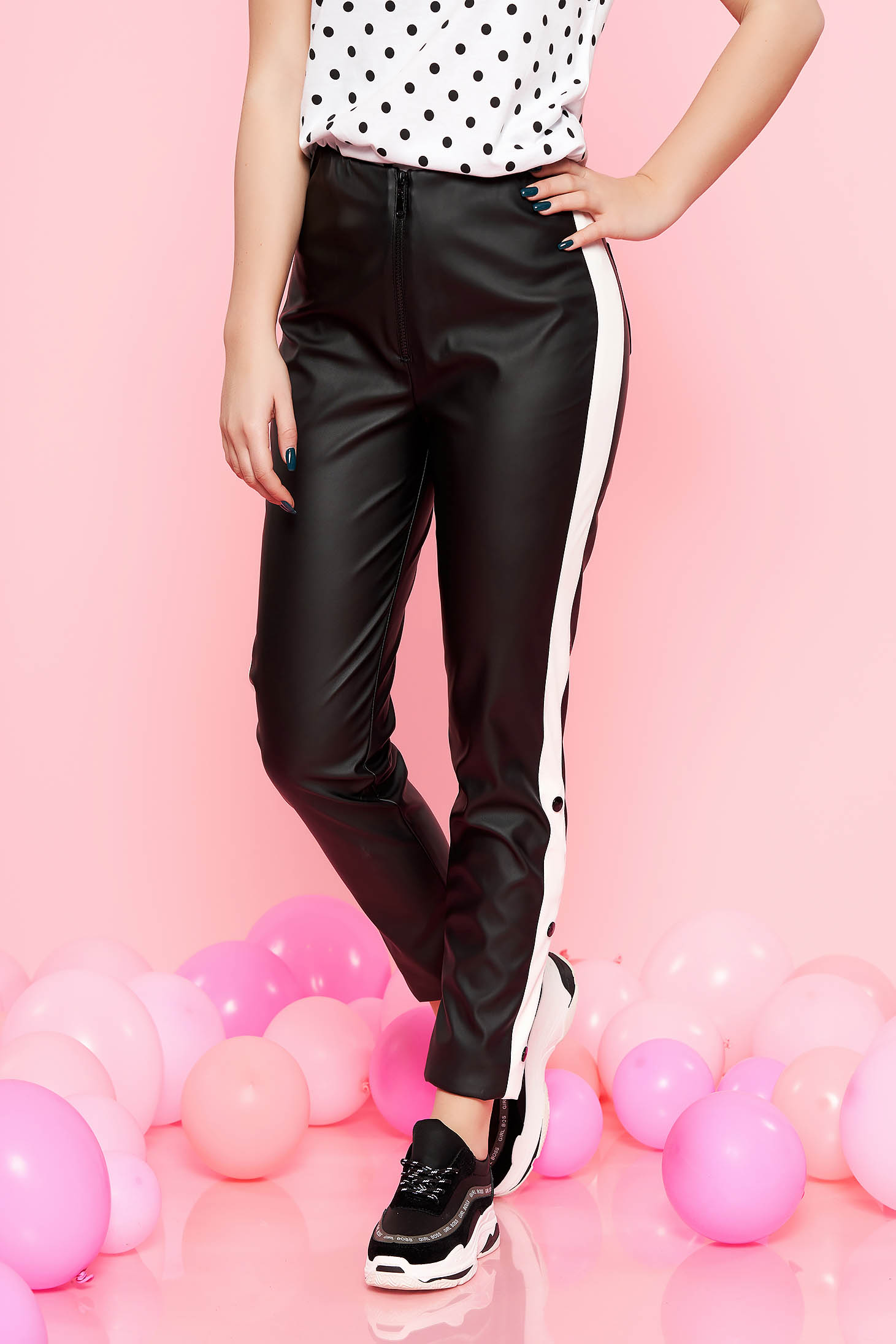 Black casual high waisted trousers with tented cut from ecological leather