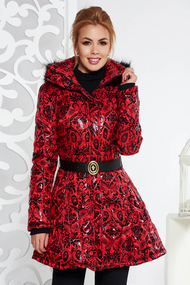 Red jacket casual from slicker with inside lining with pockets accessorized with belt