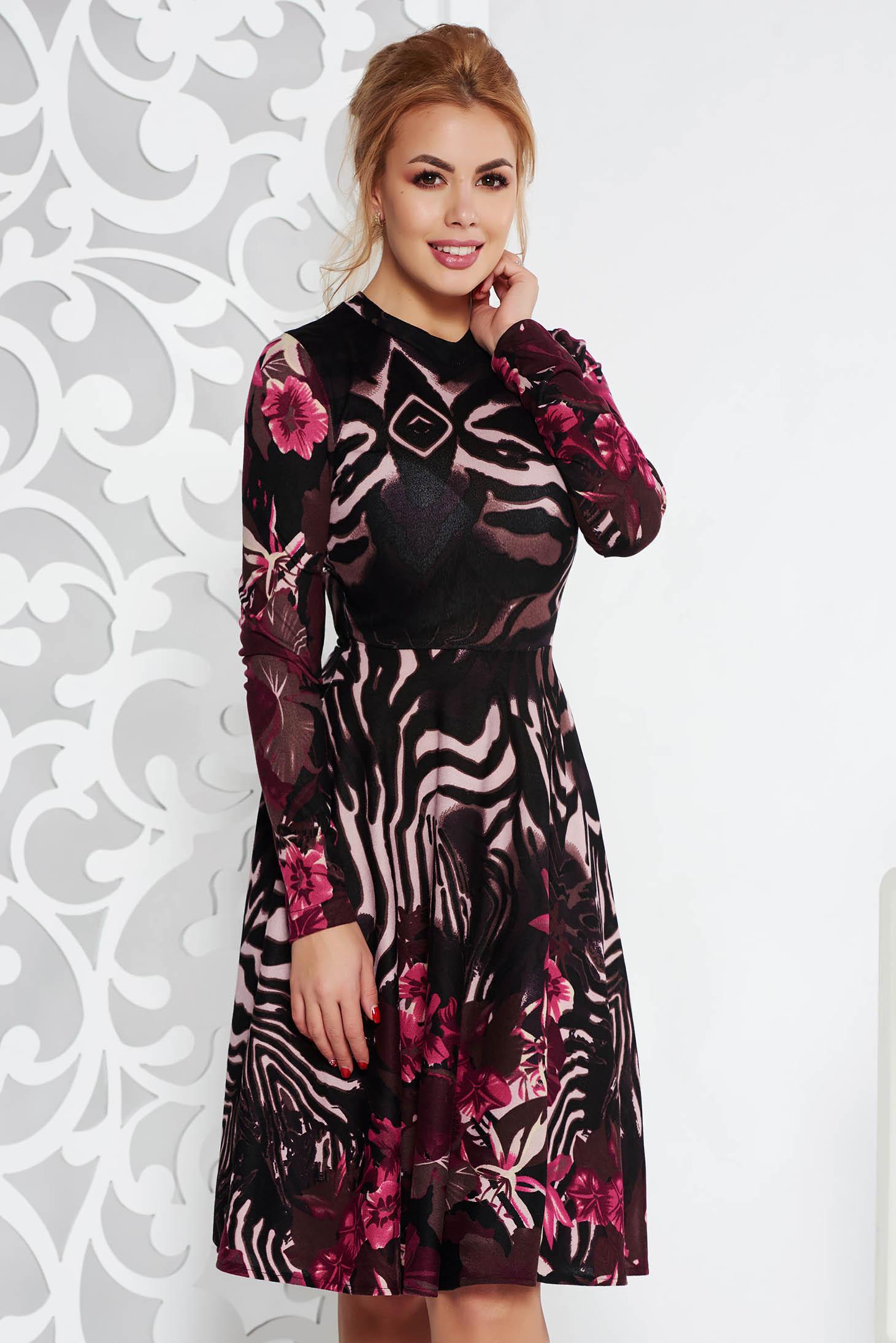 Rochie StarShinerS neagra de zi midi in clos din material tricotat cu maneci lungi