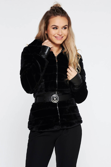 Black ecological fur with inside lining with undetachable hood accessorized with belt