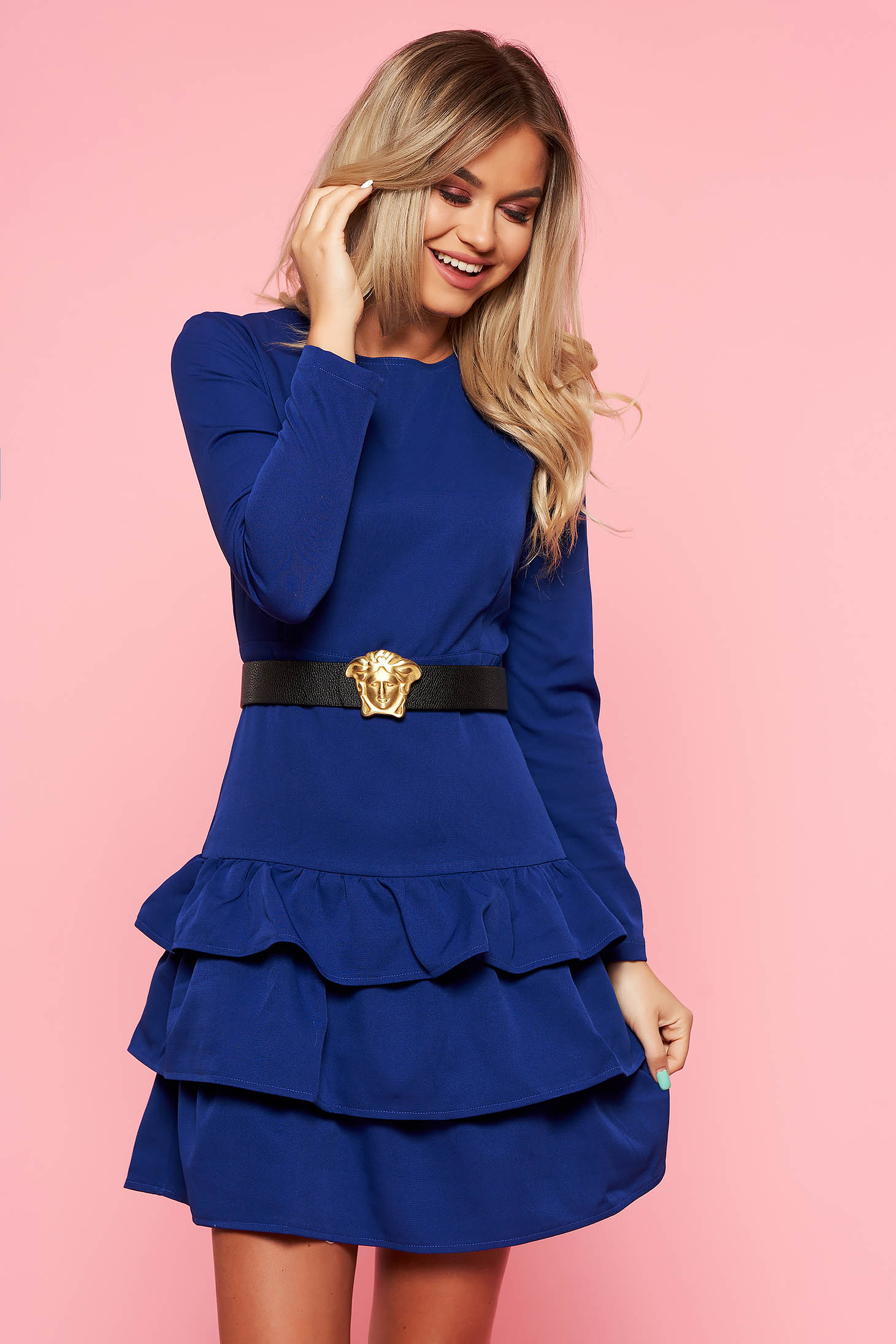 Rochie albastra de party cu un croi mulat din stofa usor elastica cu accesoriu tip curea