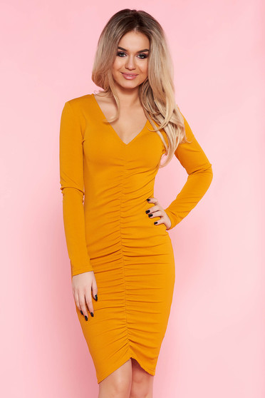 Top Secret orange dress daily with tented cut thin fabric with v-neckline