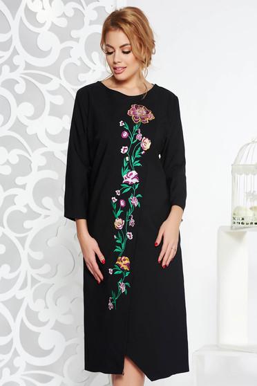 Black elegant flared dress slightly elastic fabric with embroidery details