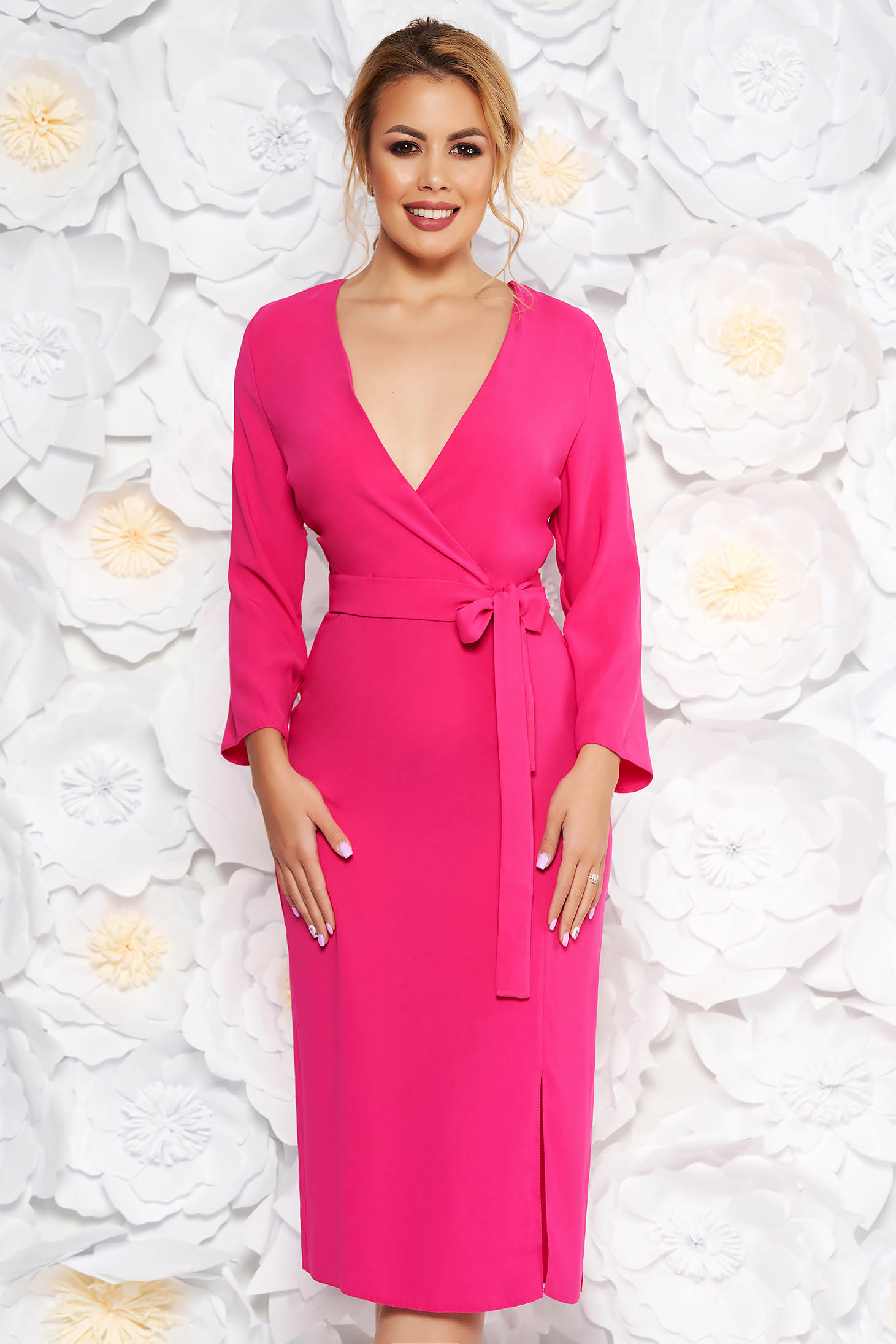 StarShinerS pink elegant dress with v-neckline nonelastic fabric accessorized with tied waistband