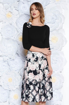 StarShinerS black dress elegant midi cloche scuba with floral prints accessorized with breastpin