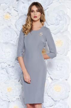 StarShinerS grey dress elegant midi pencil slightly elastic fabric accessorized with breastpin