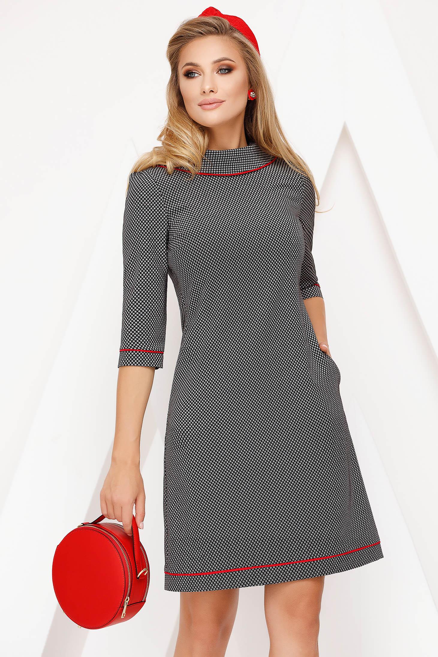 Rochie Fofy eleganta de zi din stofa usor elastica cu croi in a si accesorizata cu nasturi