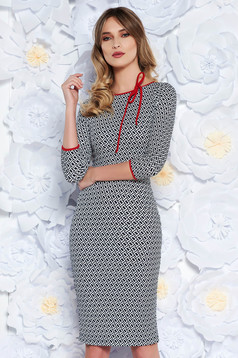 StarShinerS black office dress with tented cut from elastic fabric with 3/4 sleeves