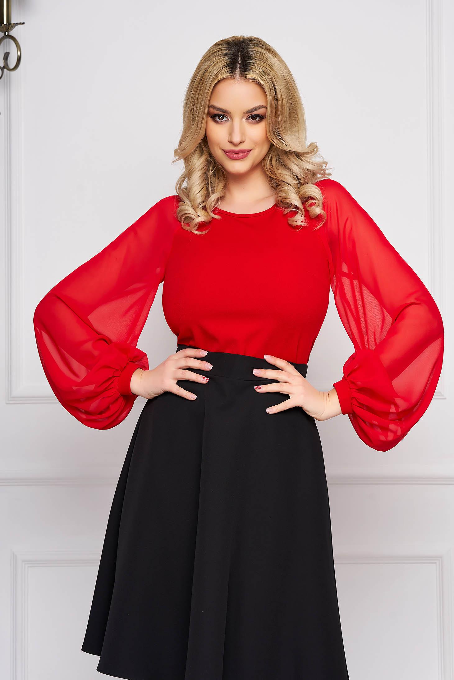 Bluza dama StarShinerS rosie eleganta cu un croi mulat din material usor elastic cu maneci din voal