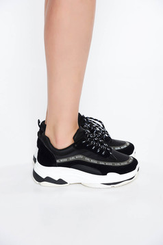 Black casual low heel sneakers light sole with lace