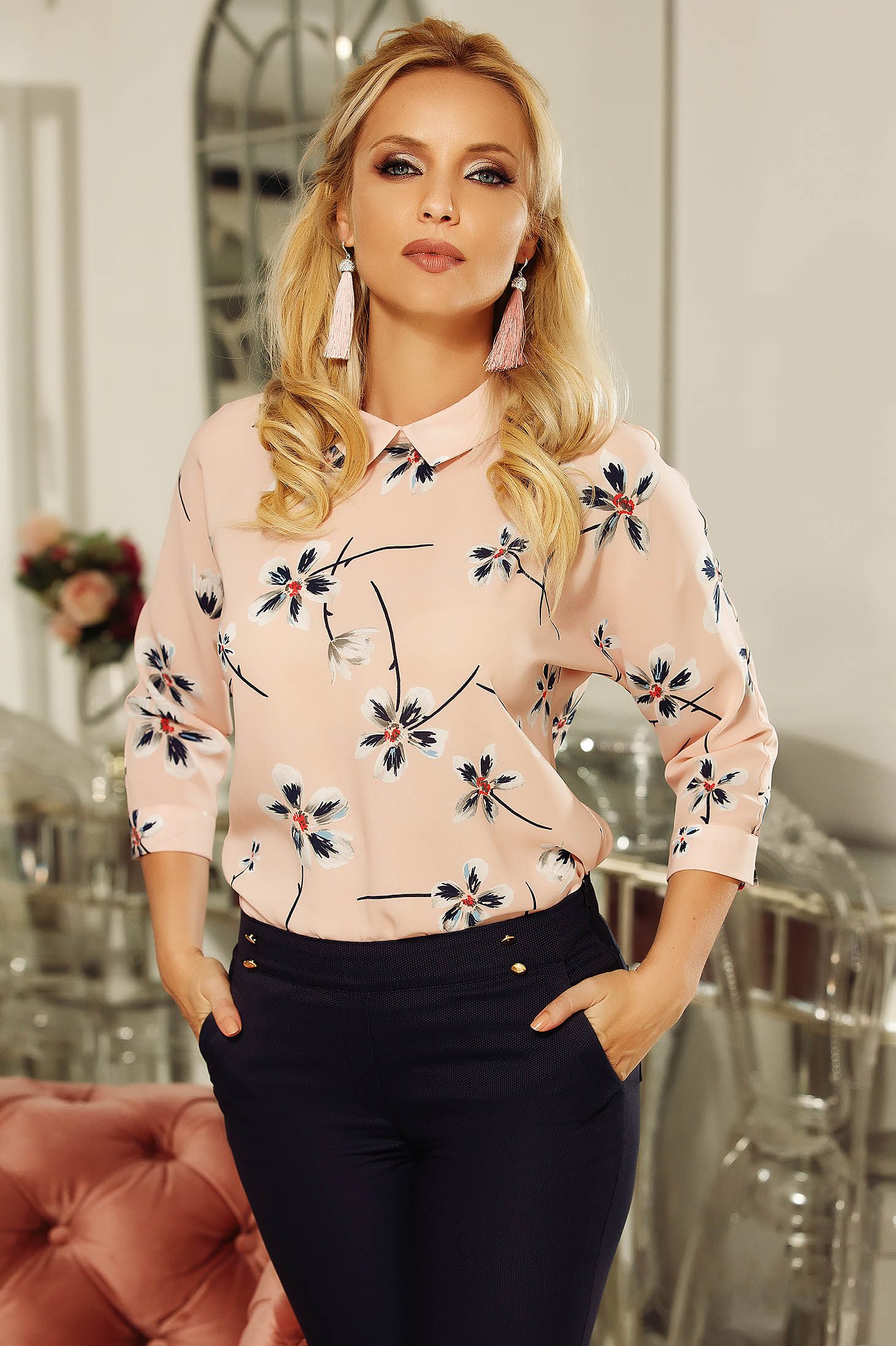 Fofy rosa women`s blouse elegant airy fabric flared with floral print
