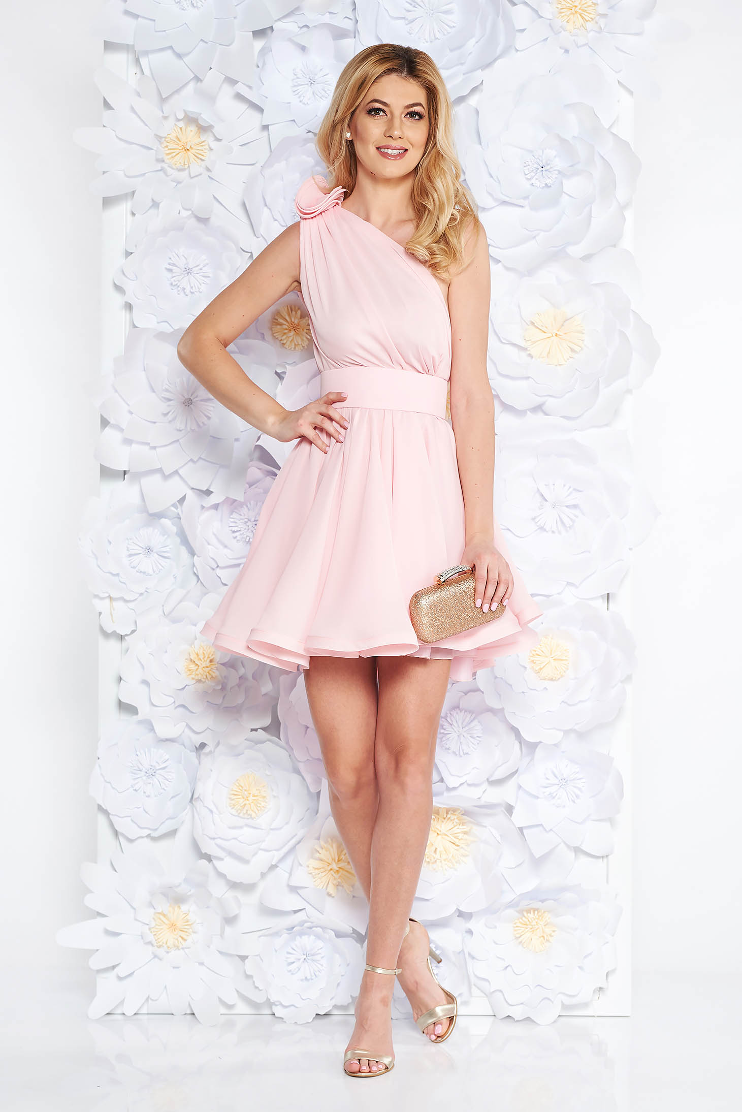 Ana Radu luxurious lightpink dress from veil fabric with inside lining cloche accessorized with tied waistband