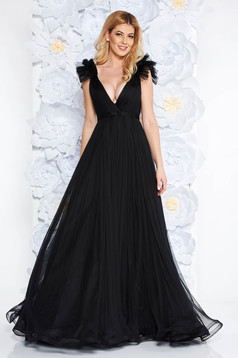 Ana Radu black luxurious dress from tulle with inside lining with deep cleavage with push-up cups