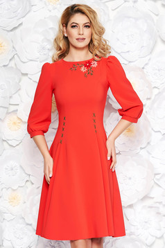 LaDonna red elegant cloche dress slightly elastic fabric embroidered with 3/4 sleeves