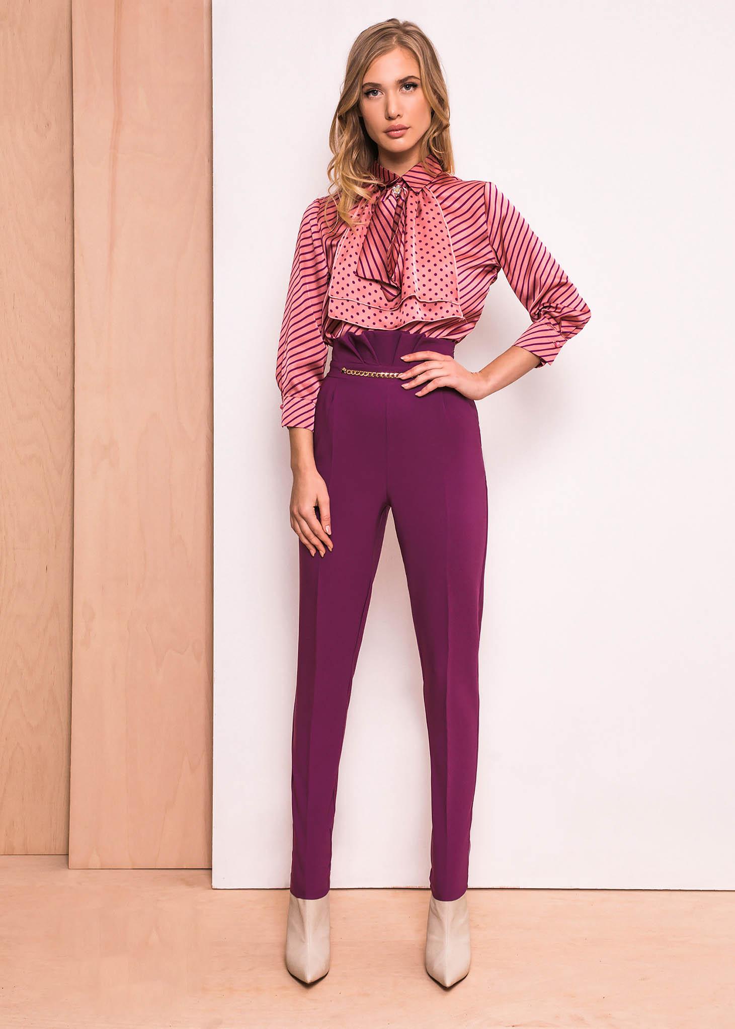 Lila PrettyGirl elegáns magas derekú nadrág enyhén elasztikus szövet arany  színű fémes díszek 1adc5fdb87