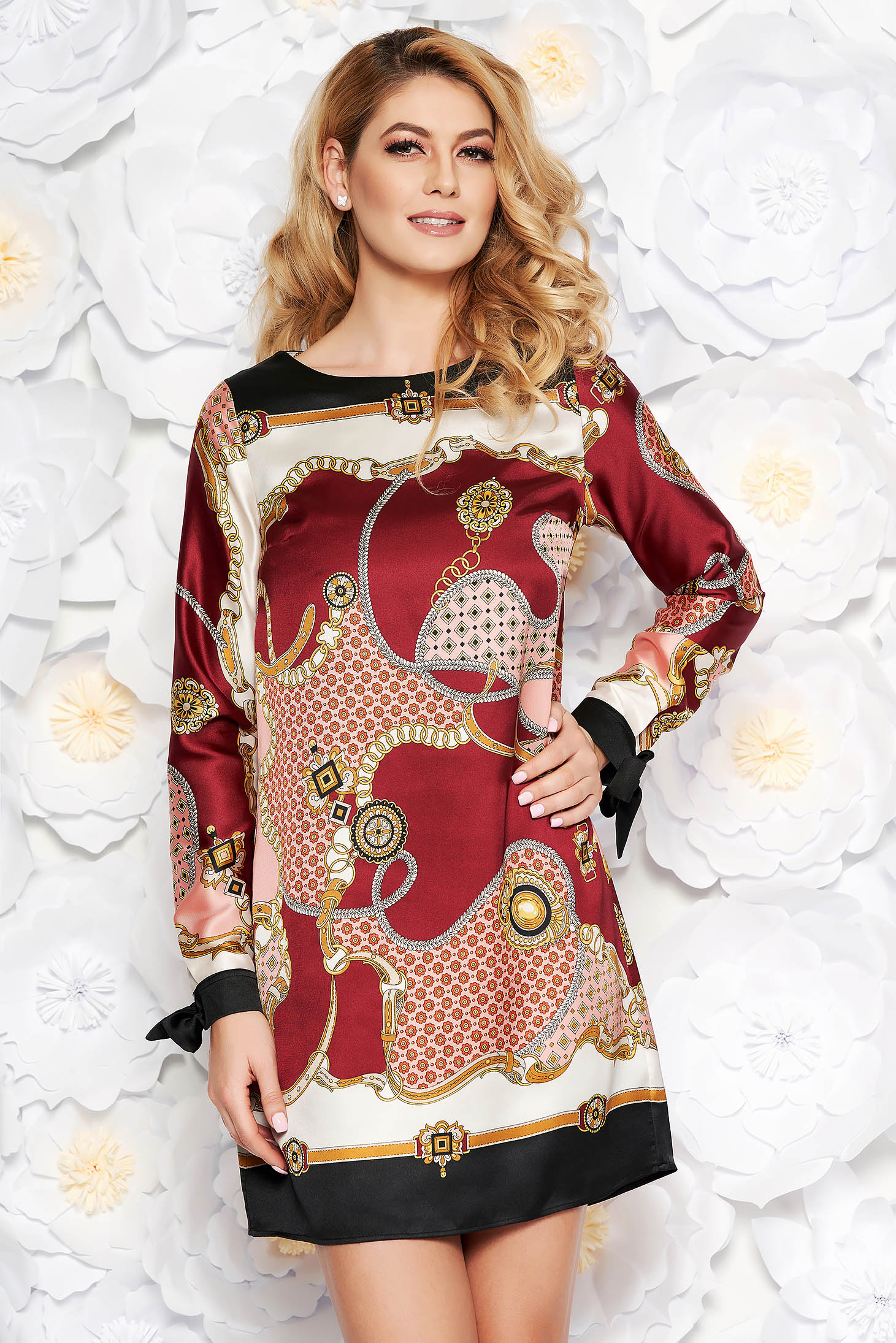 5b527a978b Burgundy PrettyGirl hétköznapi bő szabású ruha szatén anyagból belső  béléssel hosszú ujjak