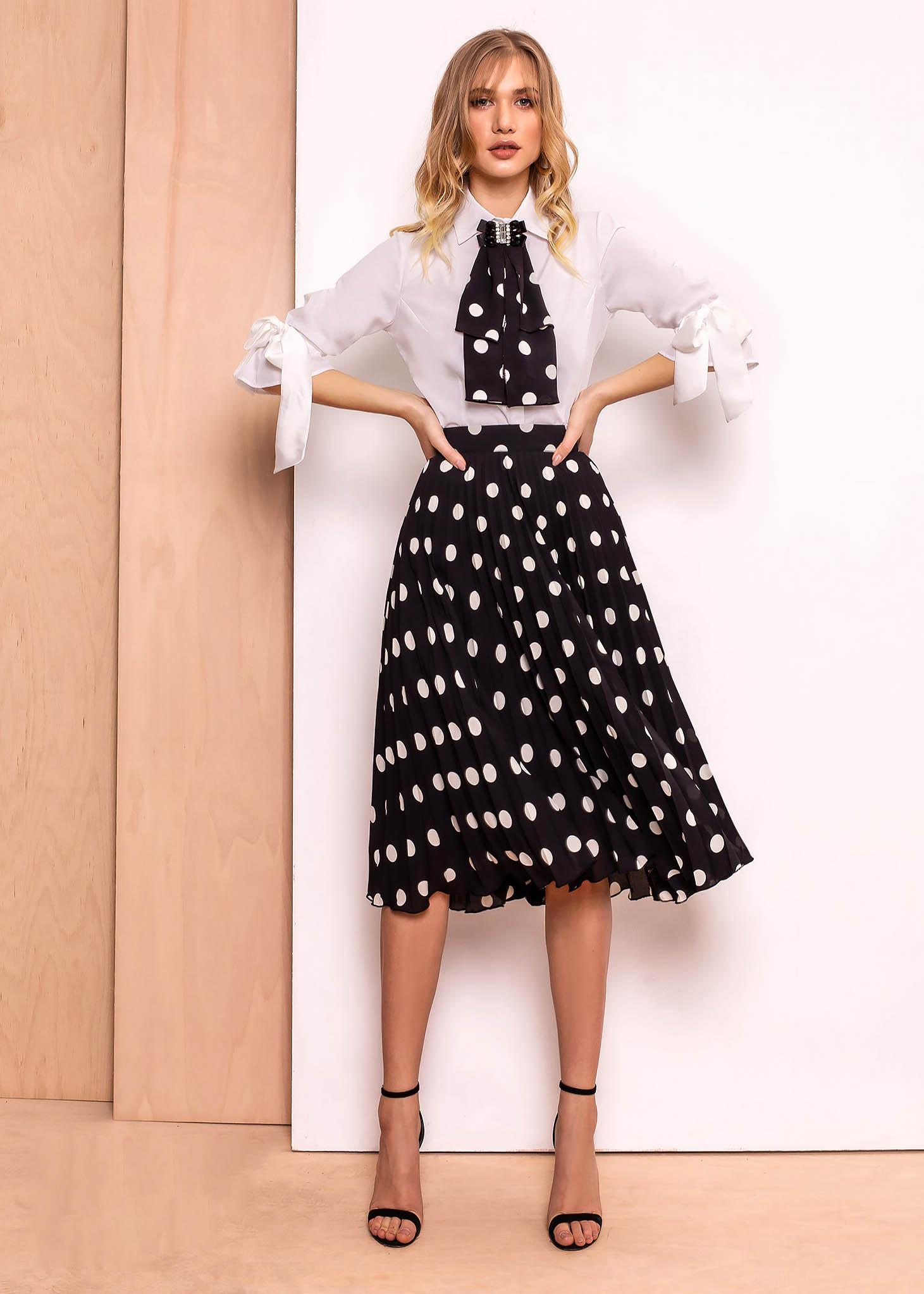 PrettyGirl white elegant folded up cloche skirt high waisted