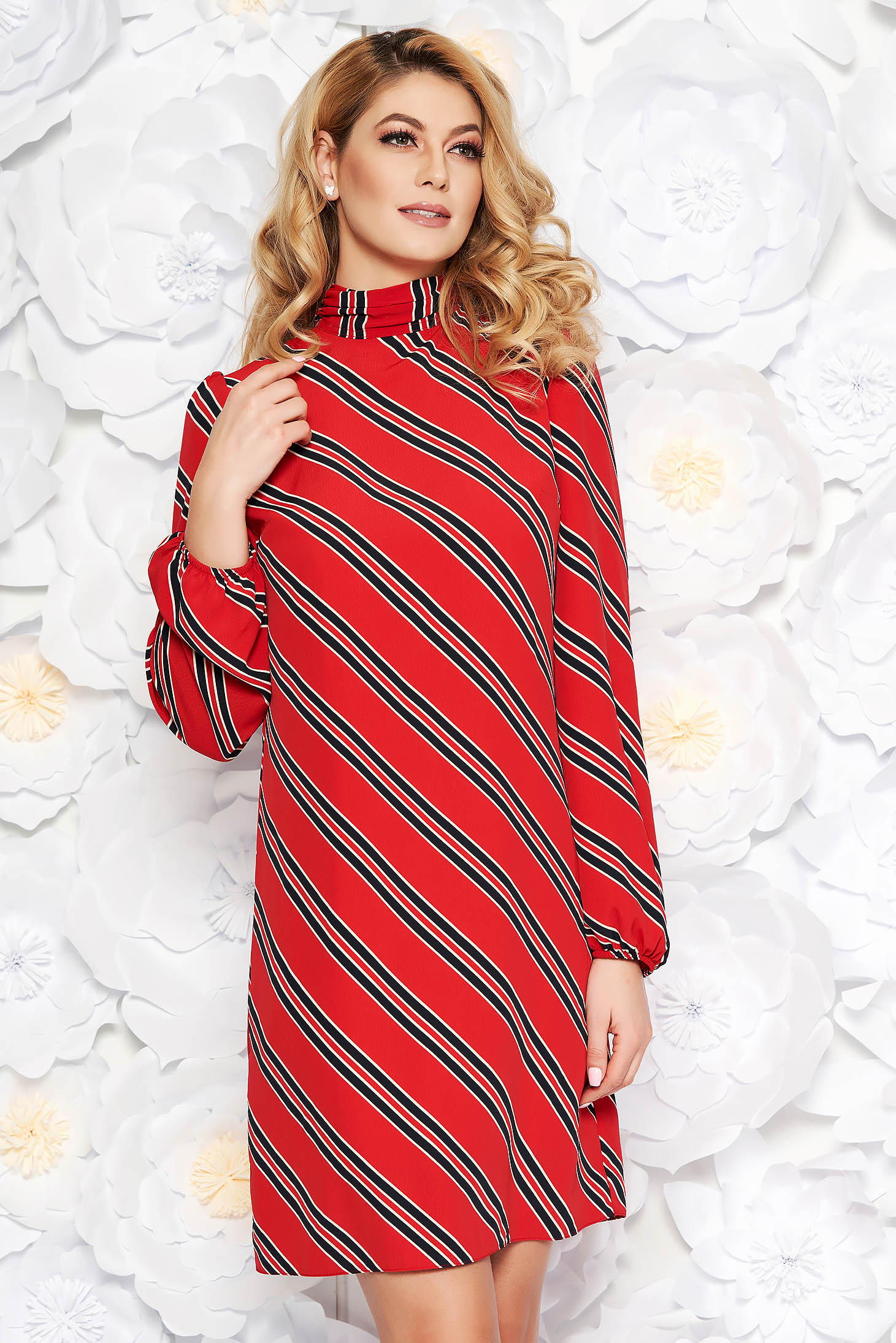 PrettyGirl red daily dress with straight cut thin fabric with inside lining elastic held sleeves