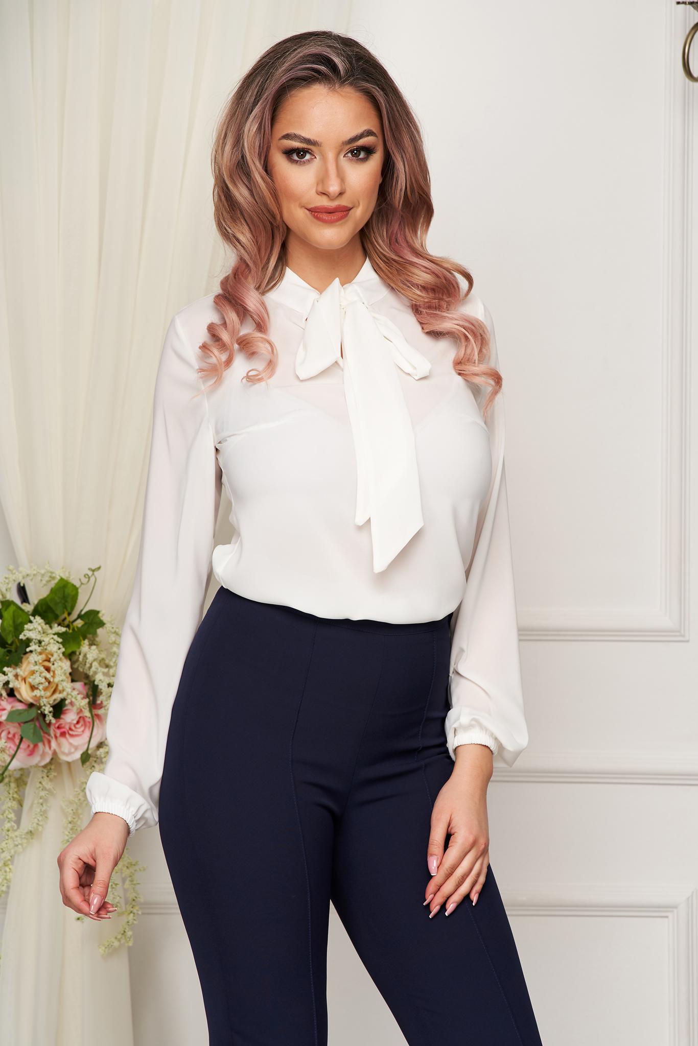 Bluza dama StarShinerS alba eleganta cu croi larg din voal cu maneci lungi cu guler tip esarfa