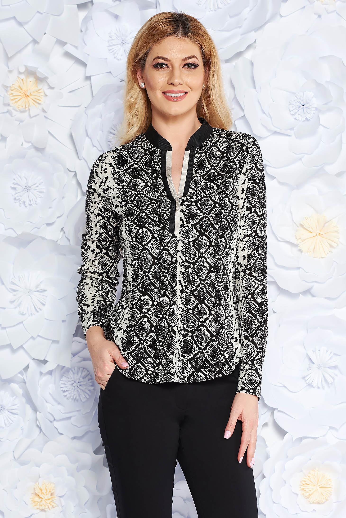 Fekete irodai bő szabású női ing lenge anyagból v-dekoltázzsal a136f311e6
