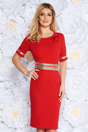 Red elegant dress with tented cut slightly elastic fabric with bright details