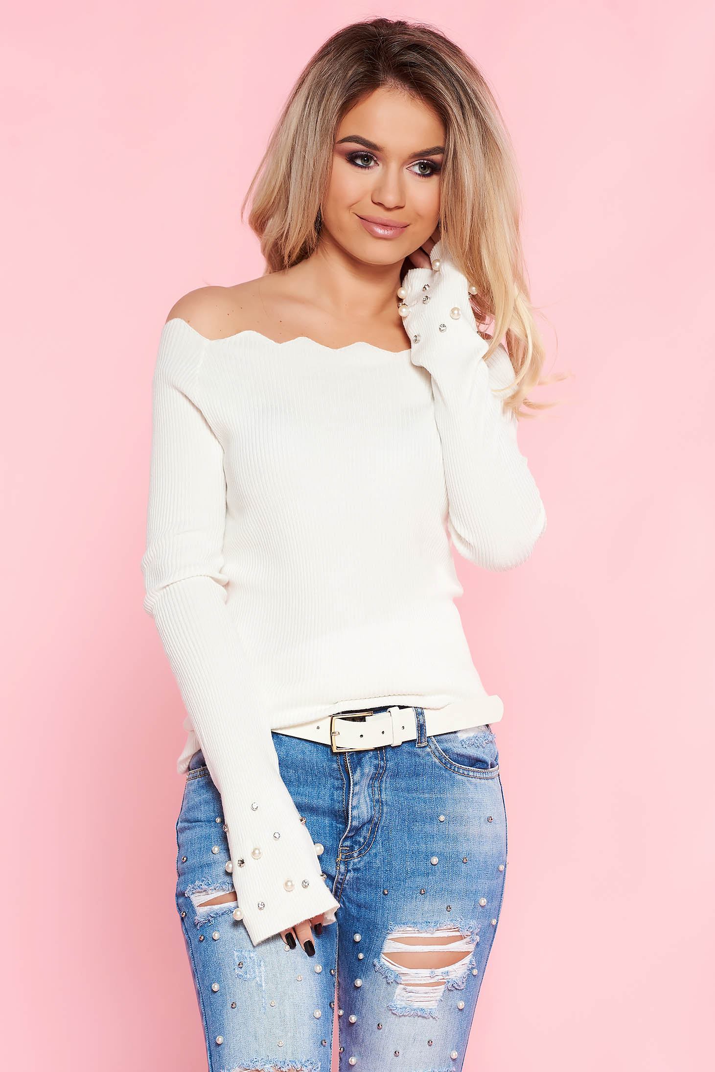 SunShine white casual sweater with tented cut knitted fabric with pearls