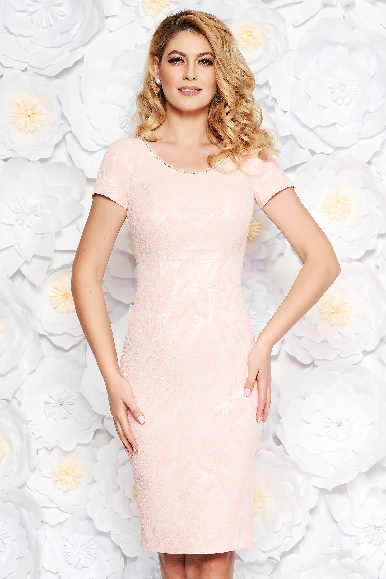 Lightpink occasional midi pencil dress from jacquard with inside lining with small beads embellished details