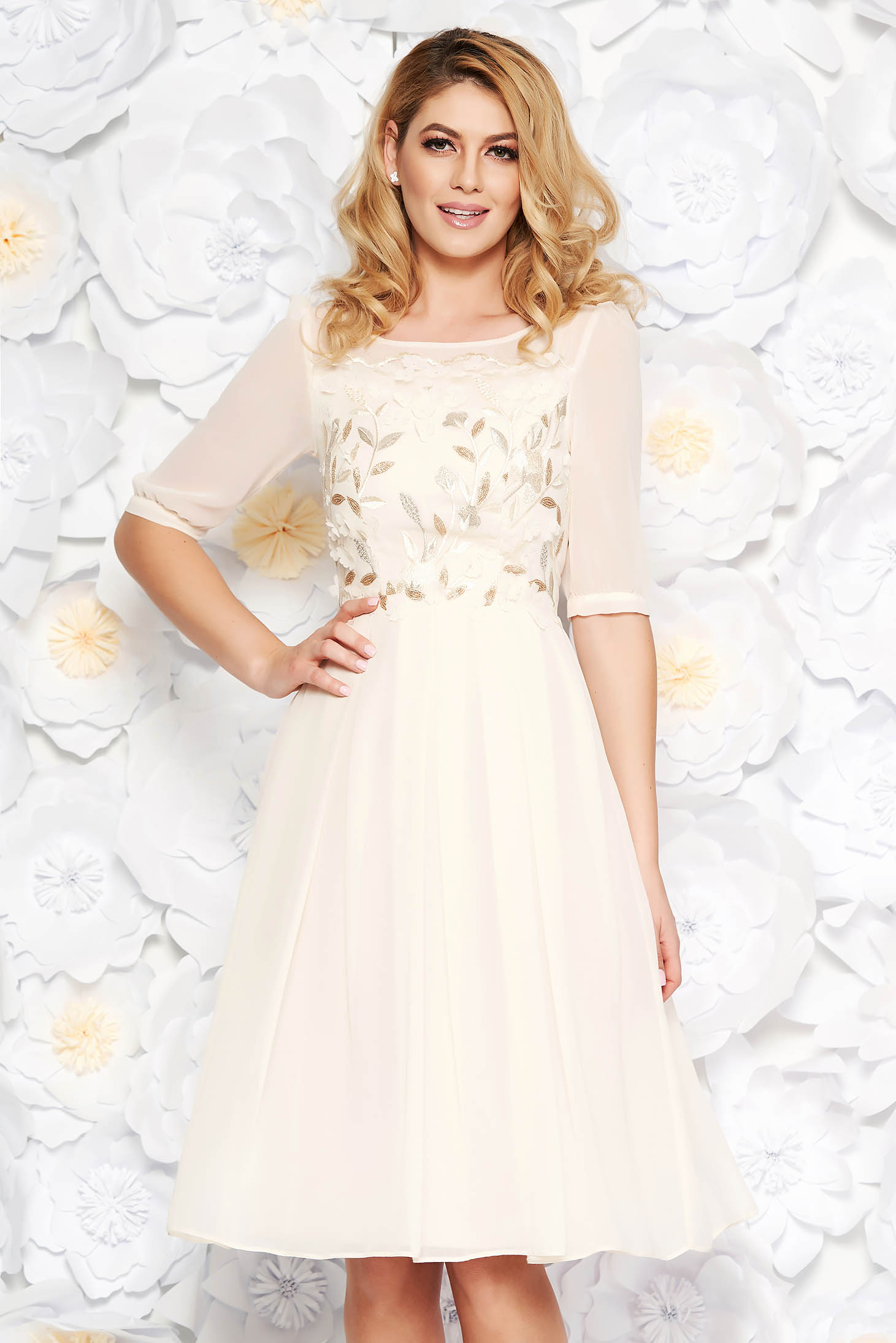 Lightpink occasional midi cloche dress from veil fabric with inside lining with embroidery details