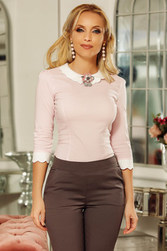 Fofy lightpink office tented women`s shirt with round collar slightly elastic cotton accessorized with breastpin