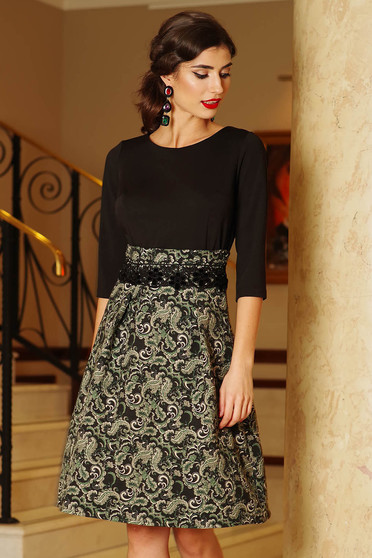 Artista green dress elegant cloche from jacquard with 3/4 sleeves