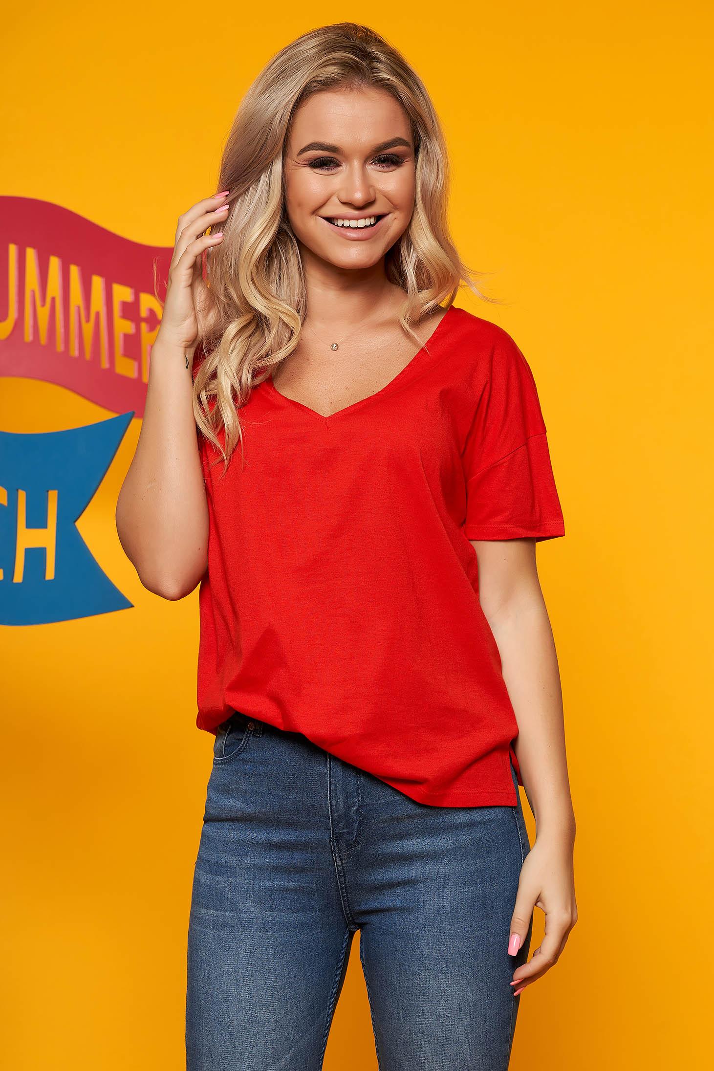 Piros Top Secret casual bő szabású póló rövid ujjakkal pamutból készült mellrésznél kivágott