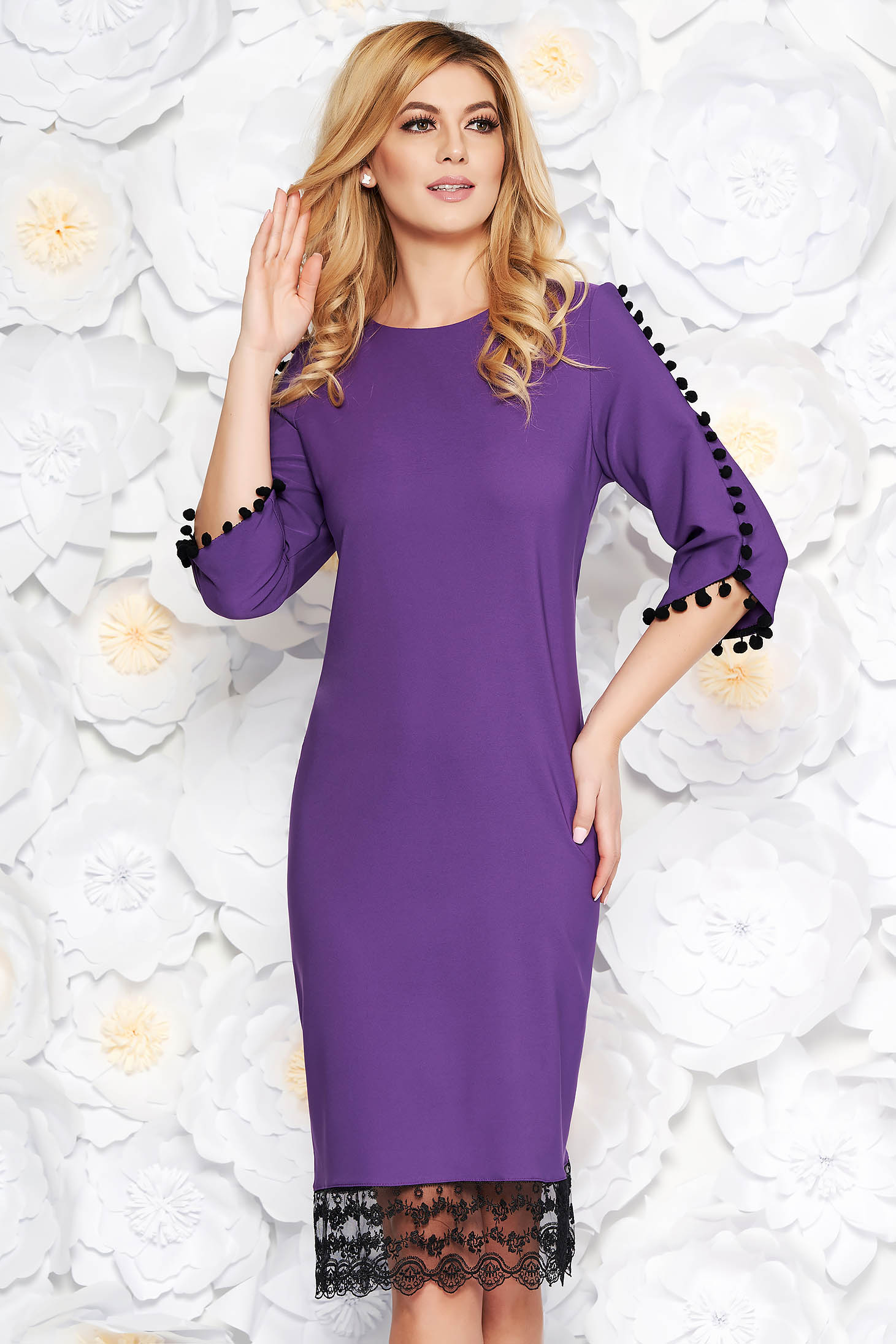 Purple elegant flared dress slightly elastic fabric with lace details with tassels