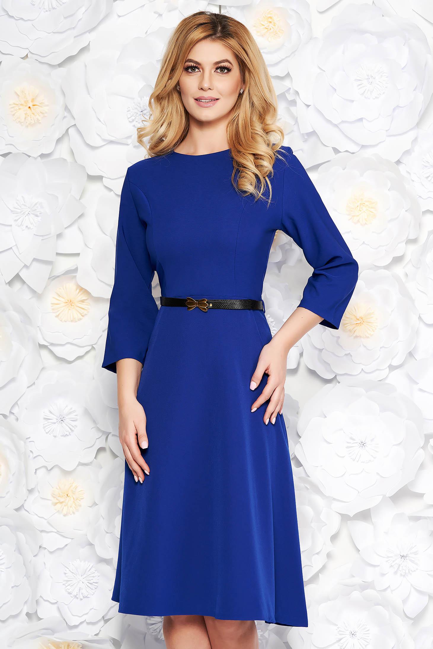 Rochie albastra office in clos din bumbac usor elastic cu buzunare cu accesoriu tip curea