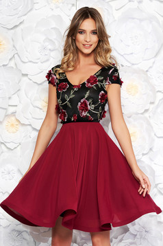 StarShinerS burgundy occasional cloche dress voile fabric with v-neckline embroidered with floral details with 3d effect