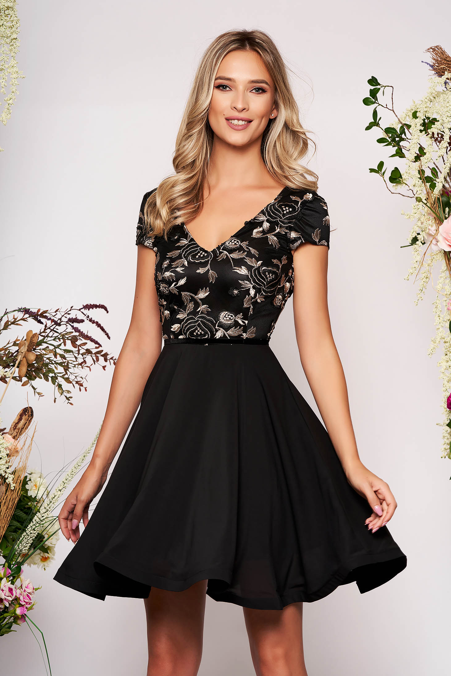 StarShinerS black dress occasional cloche from veil fabric with embroidery details with inside lining